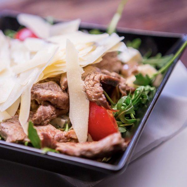 Salata cu muschi de vita (250g)